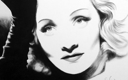 Marlene Dietrich black and white
